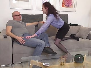 uk mom scarlet suck and fuck old daddy