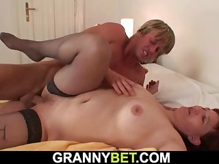 redhead granny in stockings gets her hairy cunt fucked