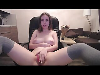 hot amateur with sweet body making pussy cum on webcam live